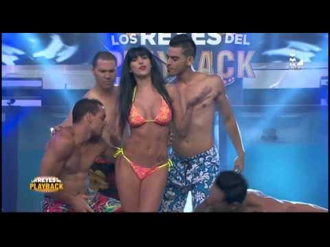 Paula Ávila encendió el programa con su atrevido 'Arde Papi'