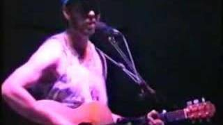 Watch Richard Thompson God Loves A Drunk video