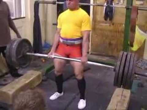Deadlift Training in Leeds Feb 2008 Image 1