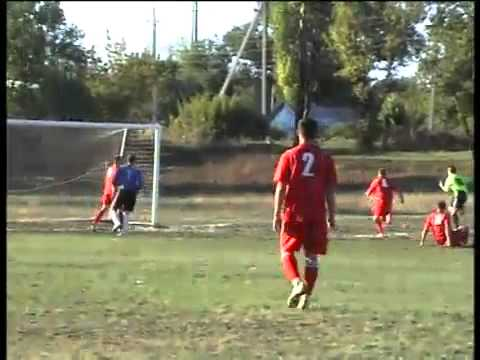 В городском футбольном чемпионате - новый лидер