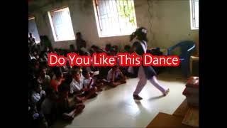 Excellent Dance by A Girl Student on Desia Song at Hardoli H.S.Boriguma=Have You Ever Seen