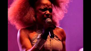 Watch Leela James Ghetto video