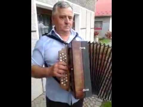 Na Heligonce Gra Tadeusz Wąs