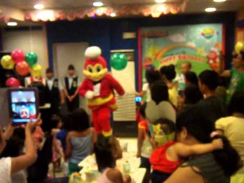 Jollibee Bacoor, Chacha.party Rock And Gangnam video