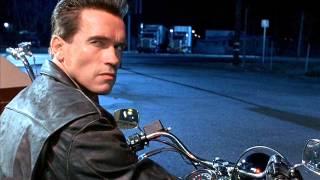 Arnold Schwarzenegger haunts Craigslist at 4 am