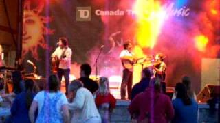Le Vent du Nord Gets Things Moving in London, Ontario