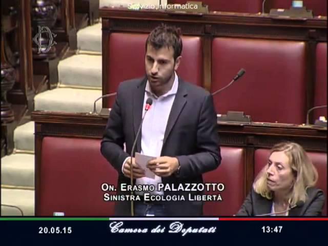 Bagarre in Parlamento - Boldrini Espelle 2 Deputati M5S