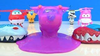(5.69 MB) Canavar Arabalar Harika Kanatlar uçağını slime tuzağına düşürüyor. Dev Mega Jett Dizzy yardım ediyor Mp3