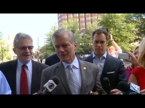 Former Virginia Gov. Bob McDonnell on trial for corruption, blames wife's