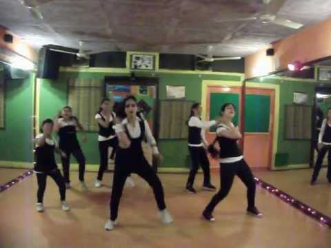 race 2 - lat lag gayee dance performance by step2step dance...