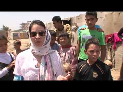 UNICEF USA: Lucy Liu Visits Syrian Child Refugees