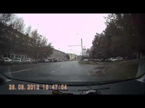 Глупый водитель авария