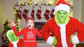 THE GRINCH Christmas Challenge to catch Santa Clause