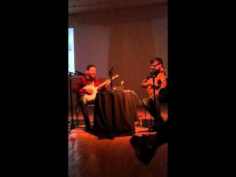 """The Avett Brothers @ NY Academy of Art sing """"I Wish I Was"""""""