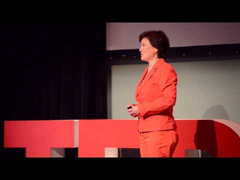 Why Study Abroad | Marina Meijer | TEDxDelftSalon