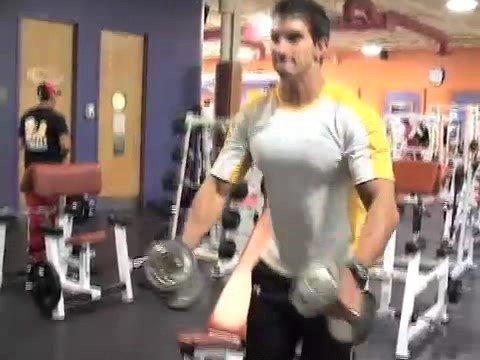 how to get wider shoulders bodybuilding