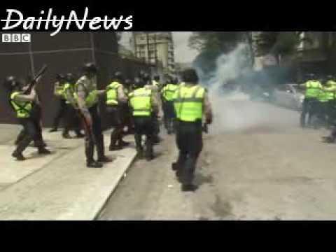 Venezuela crisis  Tear gas fired at anti Maduro protest
