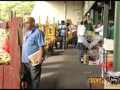 Produtores e vendedores estão otimistas com a venda de frutas no Natal