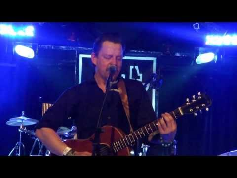 Ian Siegal (Braindogs) - I Don't Wanna Grow Up (Tom Waits cover) @ A38 Budapest 05.12.2013