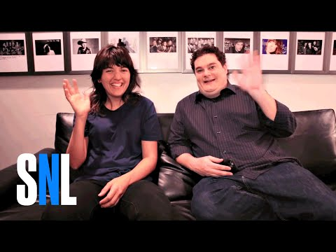 Courtney Barnett Tries To Teach Bobby Australian Slang - SNL