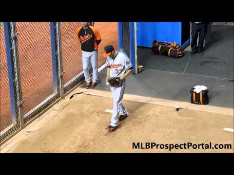 Kevin Gausman Major League Debut - pre game bullpen session
