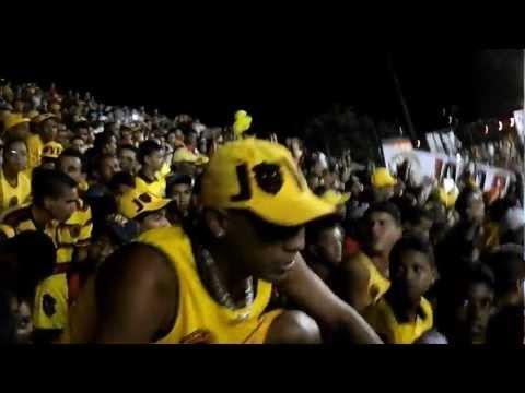 TJS – A Jovem Na Geral a Inferno Passa Mal Brasileirão Serie A 2012