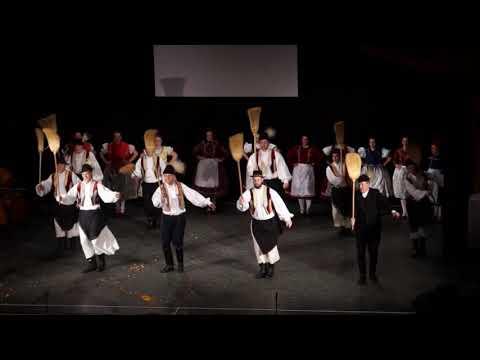 """""""A pünkösdnek jeles napja"""" táncok Vitnyédről"""