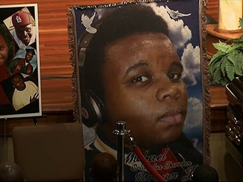 Thousands Remember Michael Brown, Urge Change