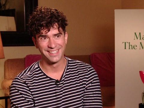 Hamish Linklater Talks 'Magic in the Moonlight'