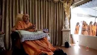 Guruhari Darshan 13 Jan 2015, Sarangpur, India