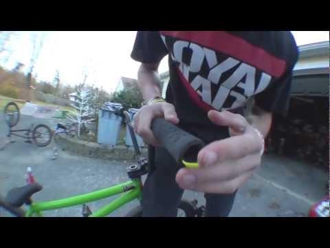 How to Change Grips BMX - Zipties