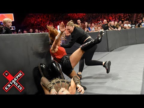 Ronda Rousey leaps from her ringside seat to attack Mickie James: WWE Extreme Rules 2018