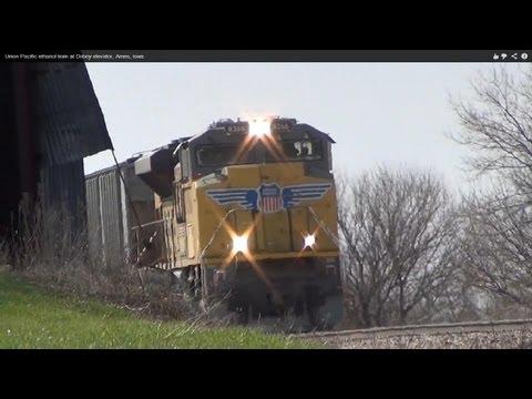Union Pacific ethanol train at Doboy elevator, Ames, Iowa