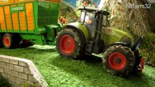 RC TRACTORS at silage harvest - part 2 - Awesome rc toy action