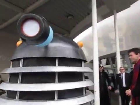 Dalek uses a Selfie Stick