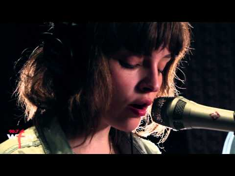 Chvrches - The Mother We Share (Live at WFUV)