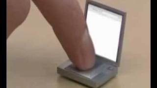 Smallest laptop in world