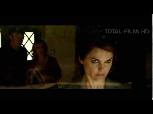 TEMNÉ NEBE / DARK SKIES (2013) CZ HD trailer (titulky)