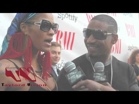 Stevie J feels on Joselines butt on the red carpet