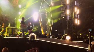 download lagu Coldplay - Yellow Live In Sydney 14/12/16 gratis