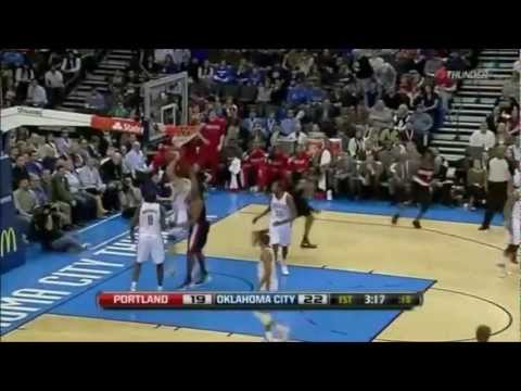 LaMarcus Aldridge 30pts vs Oklahoma City Thunders, fight vs Kendrick Perkins 01/03/2011
