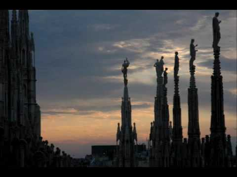 Baustelle - Un Romantico A Milano