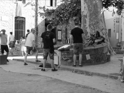 CÉRET (la jolie fontaine Picasso)