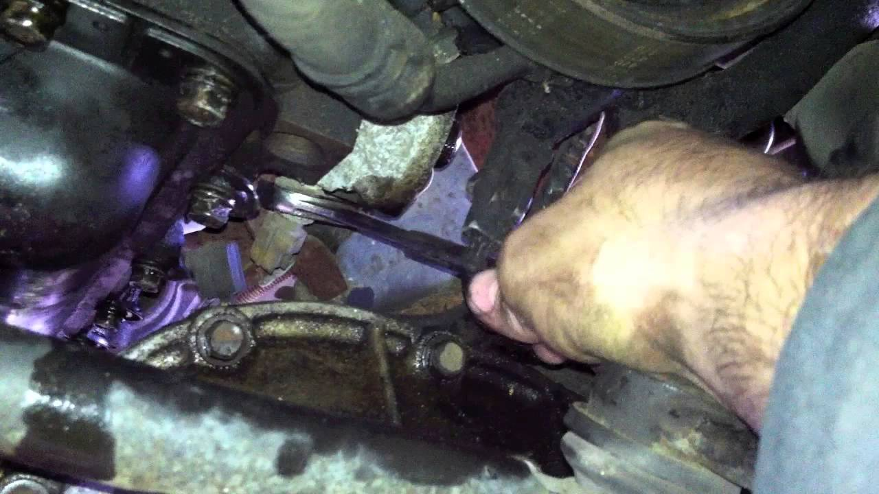 Ford Expediton Oil pressure sensor - YouTube