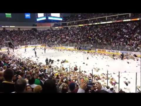 2012/2013 Hershey Bears Teddy Bear Toss