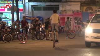 Xe đạp thể thao náo loạn đường phố | Camera Cận Cảnh tập 105 |150830.