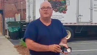 """ARMED POLICE IMPERSONATOR GETS EXPOSED!!! """"Here's My Badge"""" 1st Amendment audit FAIL!!!"""