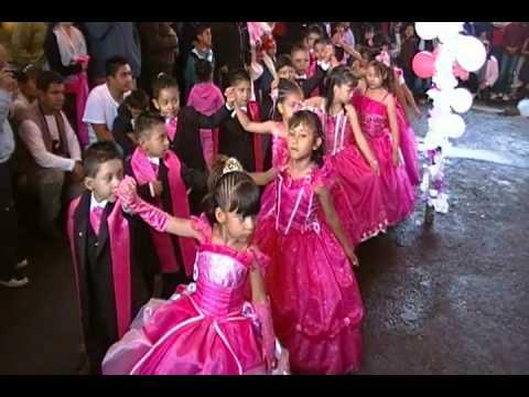 salida del kinder por dance studio papalotl un vals