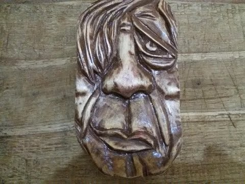 Резьба по дереву своими руками Резное панно маска лицо