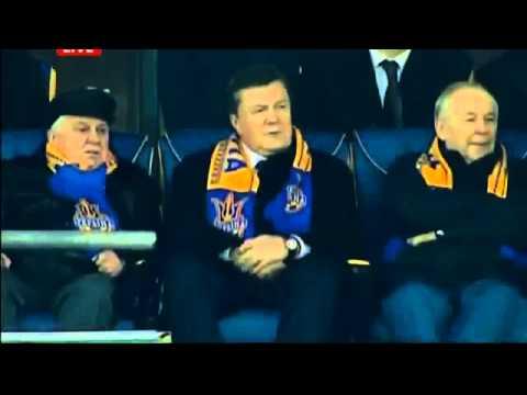 Прикол Украина Франция Янукович прилип
